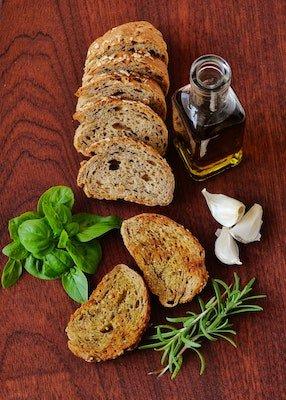 rosemary basil garlic bread - grow rosemary on your deck or patio